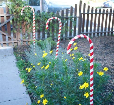 DIY Outdoor Christmas Decoration Ideas   The Creek Line House