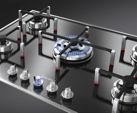 Kitchen Furniture Manufacturers Uk by Pvs750 Linea Series Low Profile Gas Hob Smeg Uk Esi