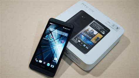 Htc One M7 htc one m7 unboxing on cursed4eva