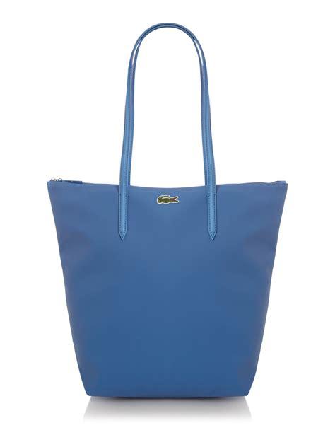 lacoste pique medium tote in blue lyst