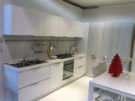 cucine pesaro cucina moderna ad angolo modello pesaro perugia cucine