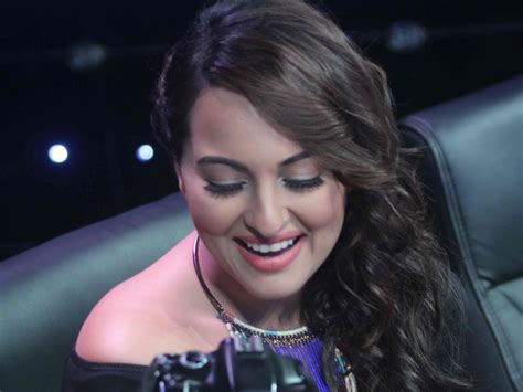 Interior Paintings For Home by Sonakshi Sinha Smile Hd Wallpapers New Hd Wallpapers