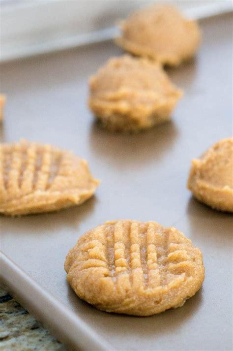 4 ingredient peanut butter cookies simple sweet recipes