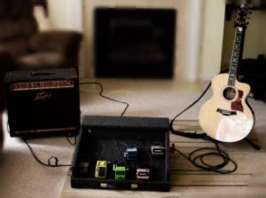 Gitar Elektrik Dengan Efek memilih dan membeli efek untuk gitar akustik elektrik