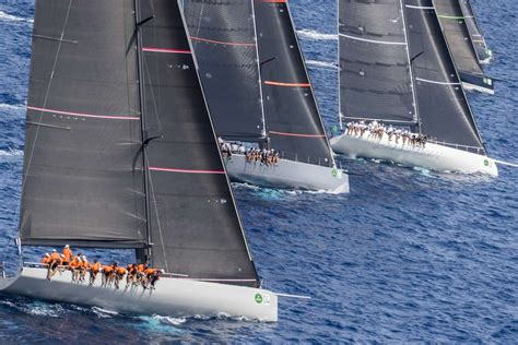 6879 Maxi Overall Inner overall winner of the rolex maxi 72 world chionship sy momo photo credit rolex carlo