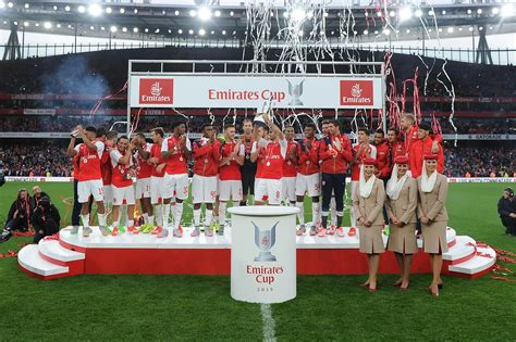 emirates cup arsenal news gunners line up benfica for emirates cup as