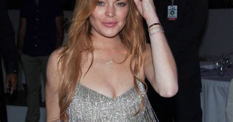 Hathaway Partied Like Lindsay Lohan by Lindsay Lohan Hathaway Les Les Plus