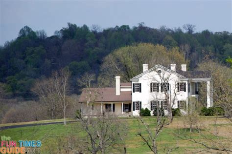 hank williams house tim mcgraw and faith hill house for sale in franklin tn photos fun times guide to