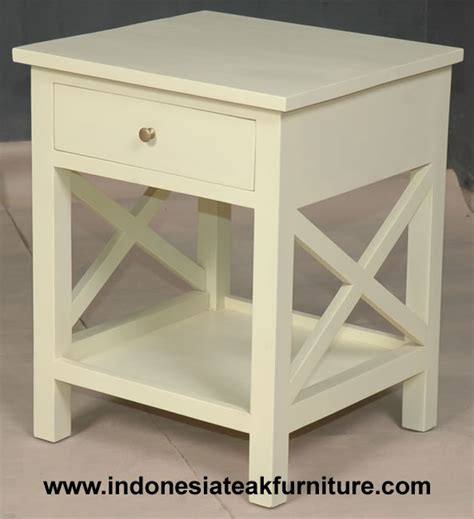 distressed painted bedroom furniture white painted distressed bedroom furniture