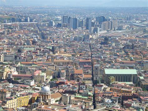Napoli Creative 1 file spaccanapoli da s elmo 1050131 jpg wikimedia commons