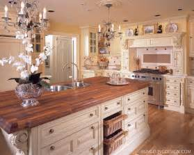 British Kitchen Design by Luxury Kitchen Designer Hungeling Design Clive