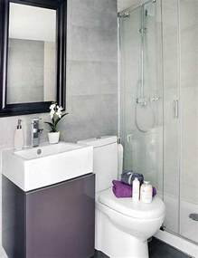 Tiny Bathroom Ideas by 25 Best Ideas About Very Small Bathroom On Pinterest