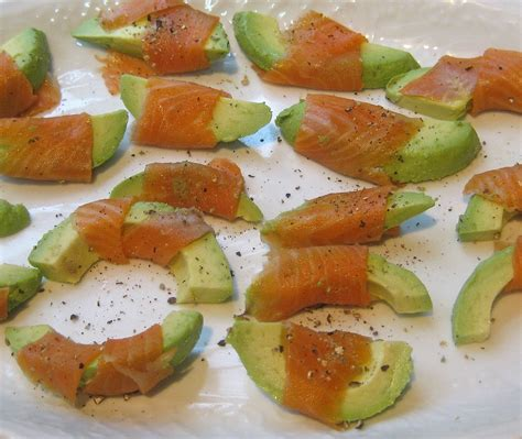 easy appetizers food lust people love smoked salmon and avocado easy