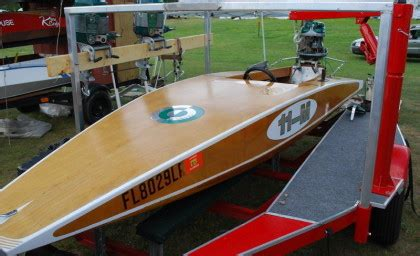 vintage outboard motor boat racing collector boats boat show photos