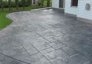 concrete patio with sted edges buchheit construction