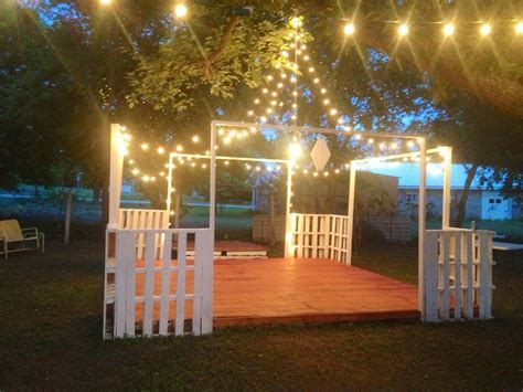 Dance floor (for my wedding) made of pallets .. Awesome