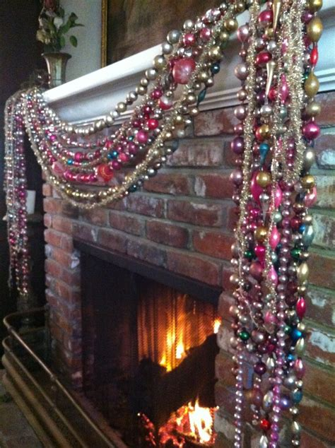 25 best ideas about christmas garlands on pinterest
