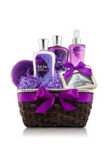 Bathroom Gift Basket Ideas by Luxury Bath Sets For Bath And Works