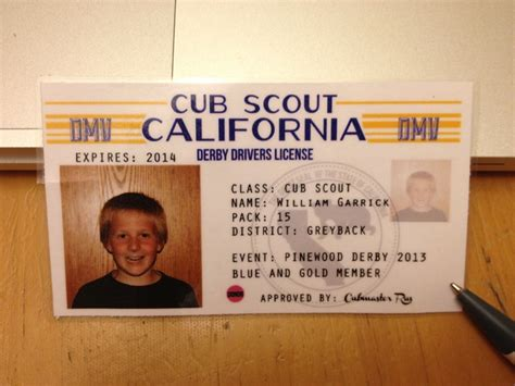pinewood derby drivers license template 1000 ideas about pinewood derby on derby cars