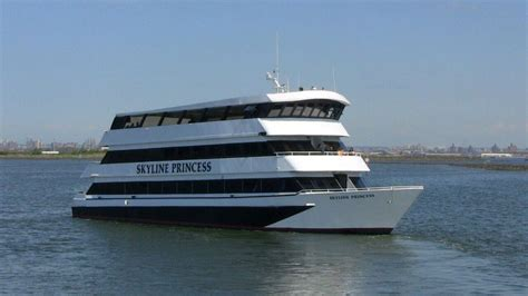 party boat cruise new york city party boat nyc party cruises nyc nj ct long island skyline