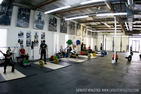 gym pictures top 10 awesome weight lifting gyms with photos sports