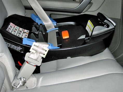 seat belt keeps locking up carseatblog the most trusted source for car seat reviews