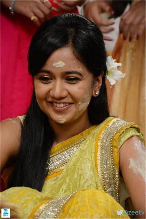 zee tv serial image mayank gunjan haldi ceremony wallpapers pics sapne