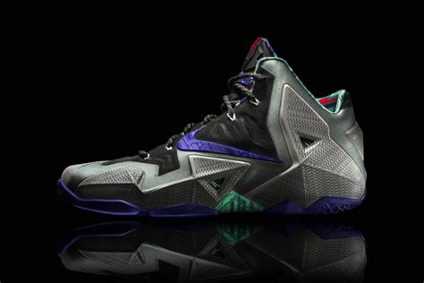 lj basketball shoes lebron 11 provides a protective suit for lebron james s