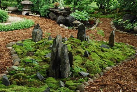 rotary botanical gardens hort blog making of a moss garden