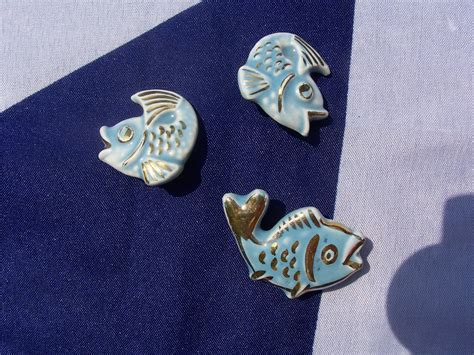 vintage cathe fish brooch w costume jewellery brooches