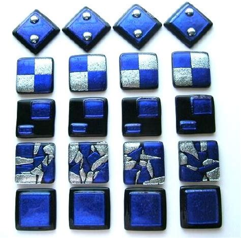 A Dichroic Look by Custom Tile In Cobalt Blue Dichroic Glass By Uneek Glass