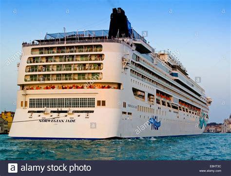 norwegian cruise ship jade norwegian jade a cruise liner operated by norwegian cruise