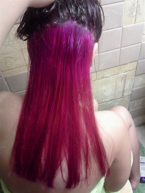 hair color darker on bottom hot pink hair on bottom dark brown on top beauty tips
