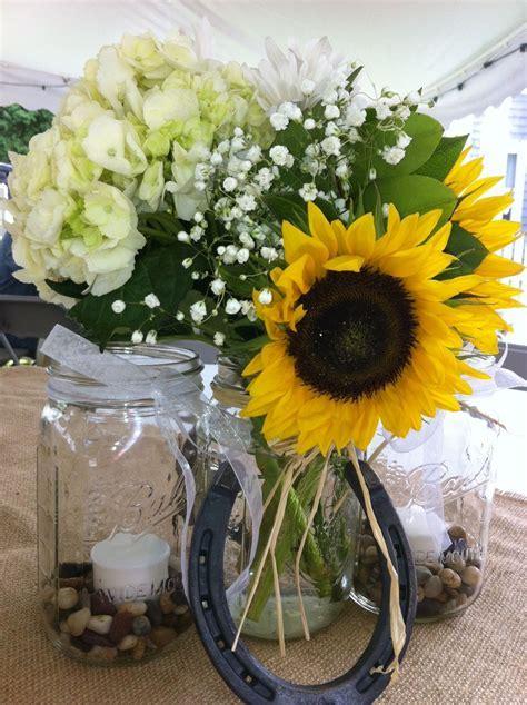 Burlap, sunflowers and horseshoes. Elegant, country