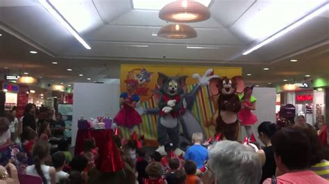 Tom And Jerry Toms Surprise  Ee  Birthday Ee    Ee  Party Ee   Youtube