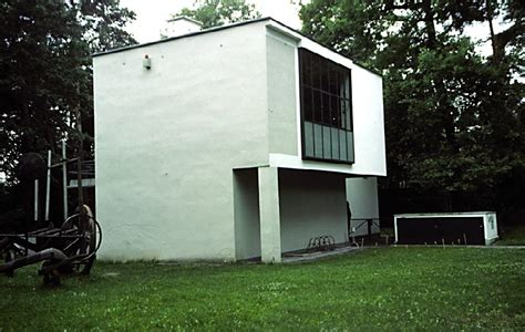 house masters 20th century architecture walter gropius