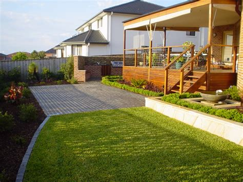 simple backyard design 25 backyard designs and ideas inspirationseek com