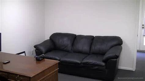 back room couch castings 50 cents audition tape for american gangster can t cry on