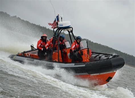 coast guard small boat rescue coast guard tops in drunken boating arrests michigan radio