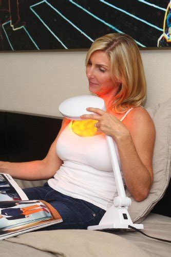 light therapy reviews dermatologist trophy skin rejuvalitemd anti aging light therapy system