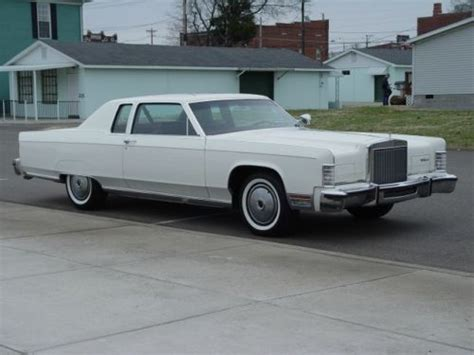 buy   lincoln continental town coupe  owner
