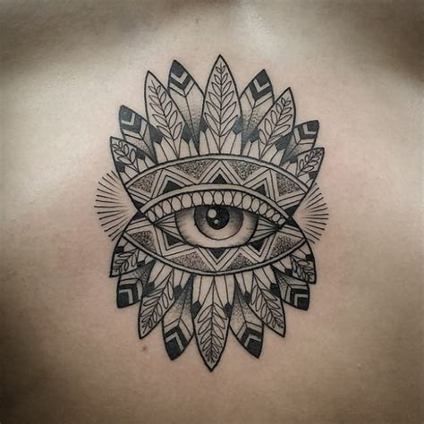 tattoo old school curitiba 11 tatuadores brasileiros experts em pontilhismo follow