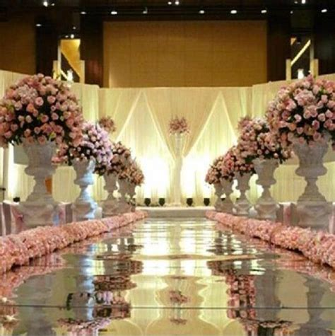 Wedding Aisle Runners Wholesale by 10m 1 2m Wide Shine Silver Mirror Carpet Aisle Runner For