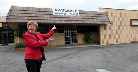 Post Office Santa Clarita by Scvnews Mayor Post Office Returning To Newhall 05