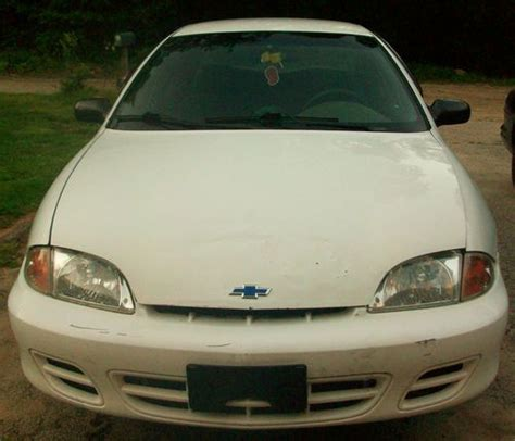 2001 Cavalier 4 Door by Find Used 2001 Chevrolet Cavalier 4 Door Sedan 2 2l