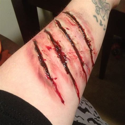 infected tattoo cut open scratches by scarahscrewdriver on deviantart