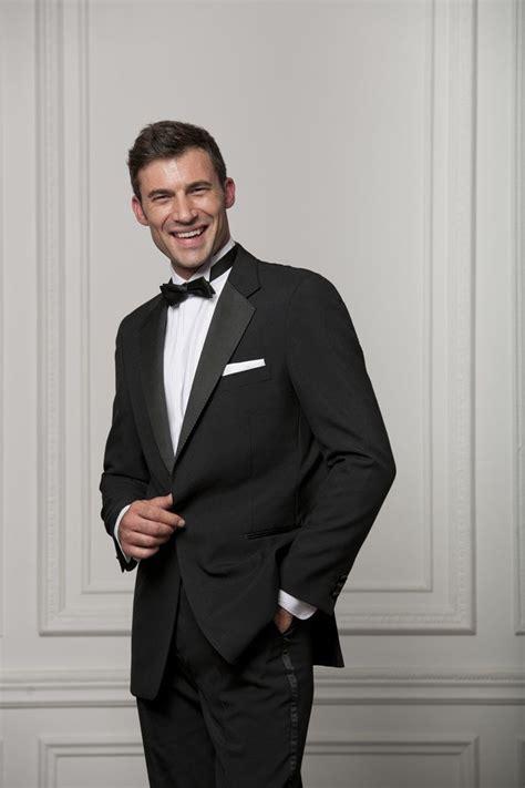 black tie wedding suit options for grooms