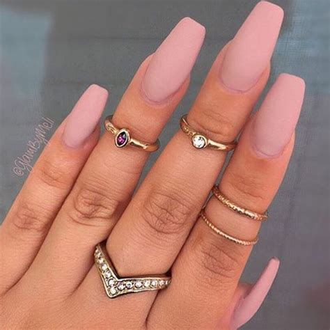 fashion luxury  tumblr   heart  trendy nails