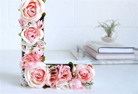 letras decoradas como fazer letras decoradas flores artificiais artesanato passo