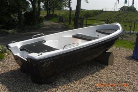 roeiboot met motor diverse roeiboten met motor aanbieding advertentie 714070